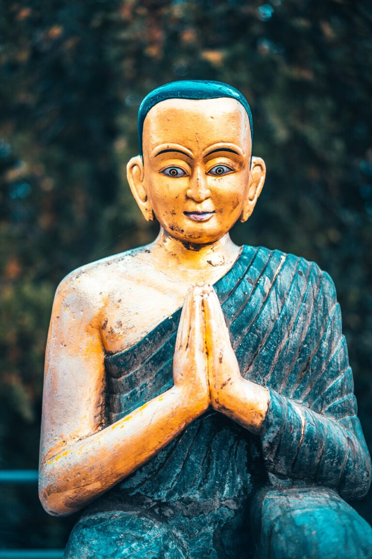 Buddha's Teachings on How to Express Loving-Kindness